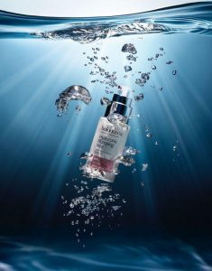 Product photography under water